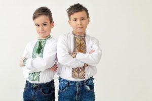 Вишита сорочка для хлопчика до дня Святого Миколая