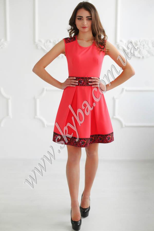 Жіноча сукня СК6393 з квітчастою вишивкою