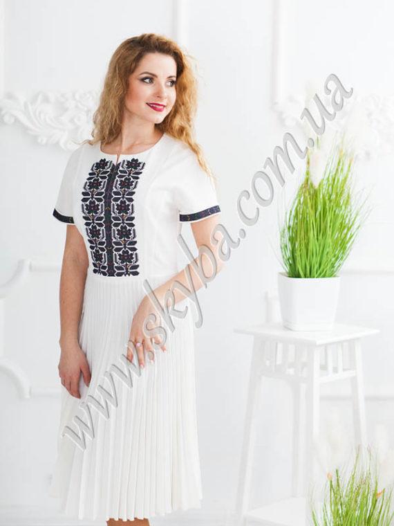 Вишиванки жіночі купити у Львові та з доставкою по Україні e4701083f61cd