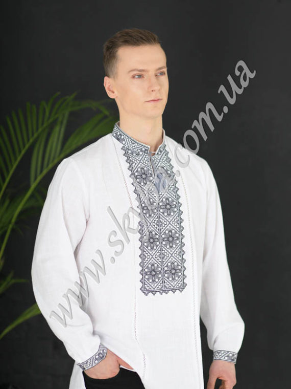 Мужская вышитая рубашка СК1251